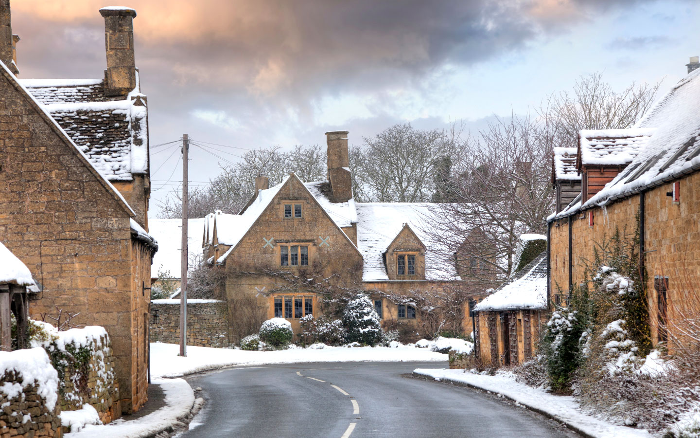 The Cotswolds in the snow