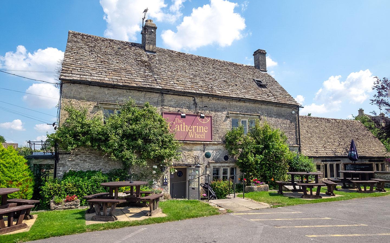 The Catherine Wheel pub in Bibury