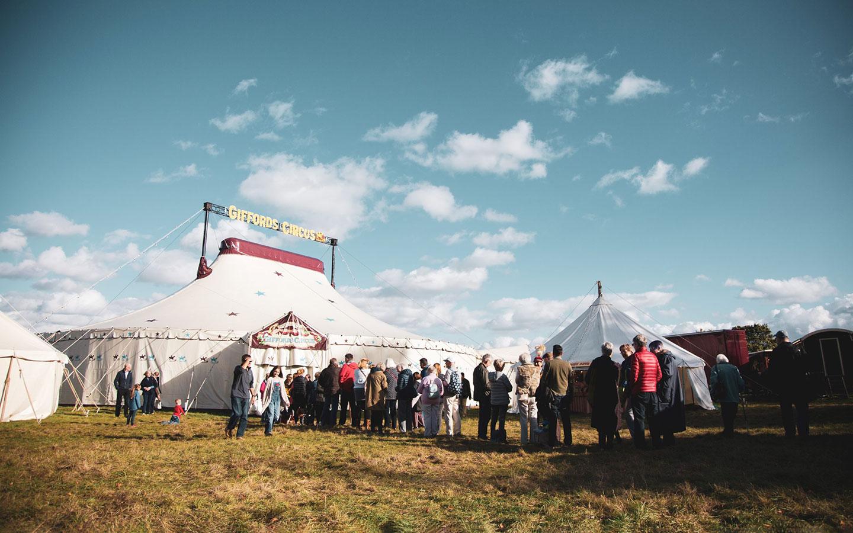Giffords Circus at Barrington